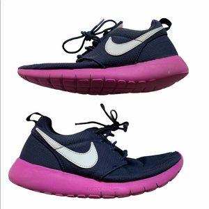 Dark blue purple Nike shoes 4Y